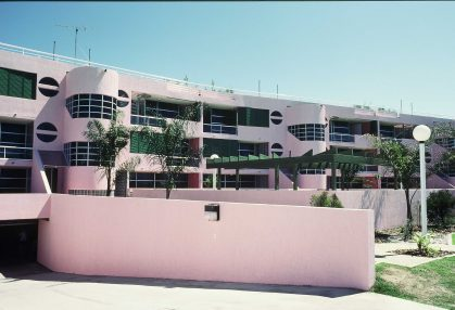 Sundeck Apartments